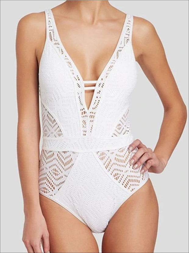 Womens Crochet Hollow Out Backless One Piece Swimsuit - White / S - Womens Swimsuit