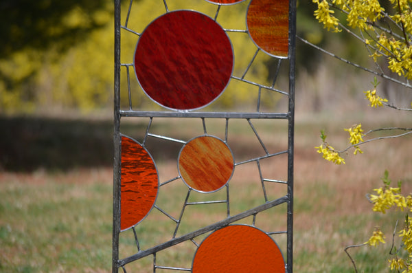 tall garden art by Windsong Glass Studio