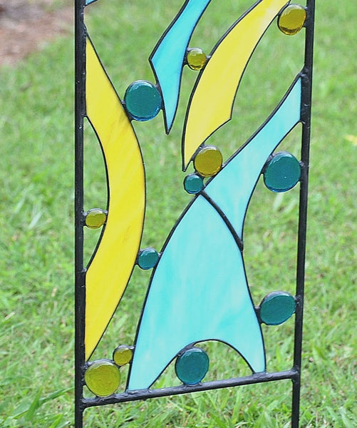 Outdoor Garden Sculpture -Stained Glass Yard Art in Blue and Yellow.