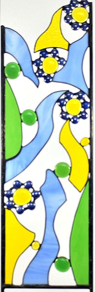 Stained Glass Yard Art for your Garden Decor - 'Periwinkle Flower Complement'