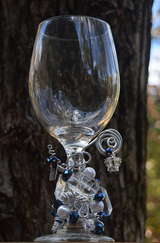Believe in the Crown Clear Wine Glass