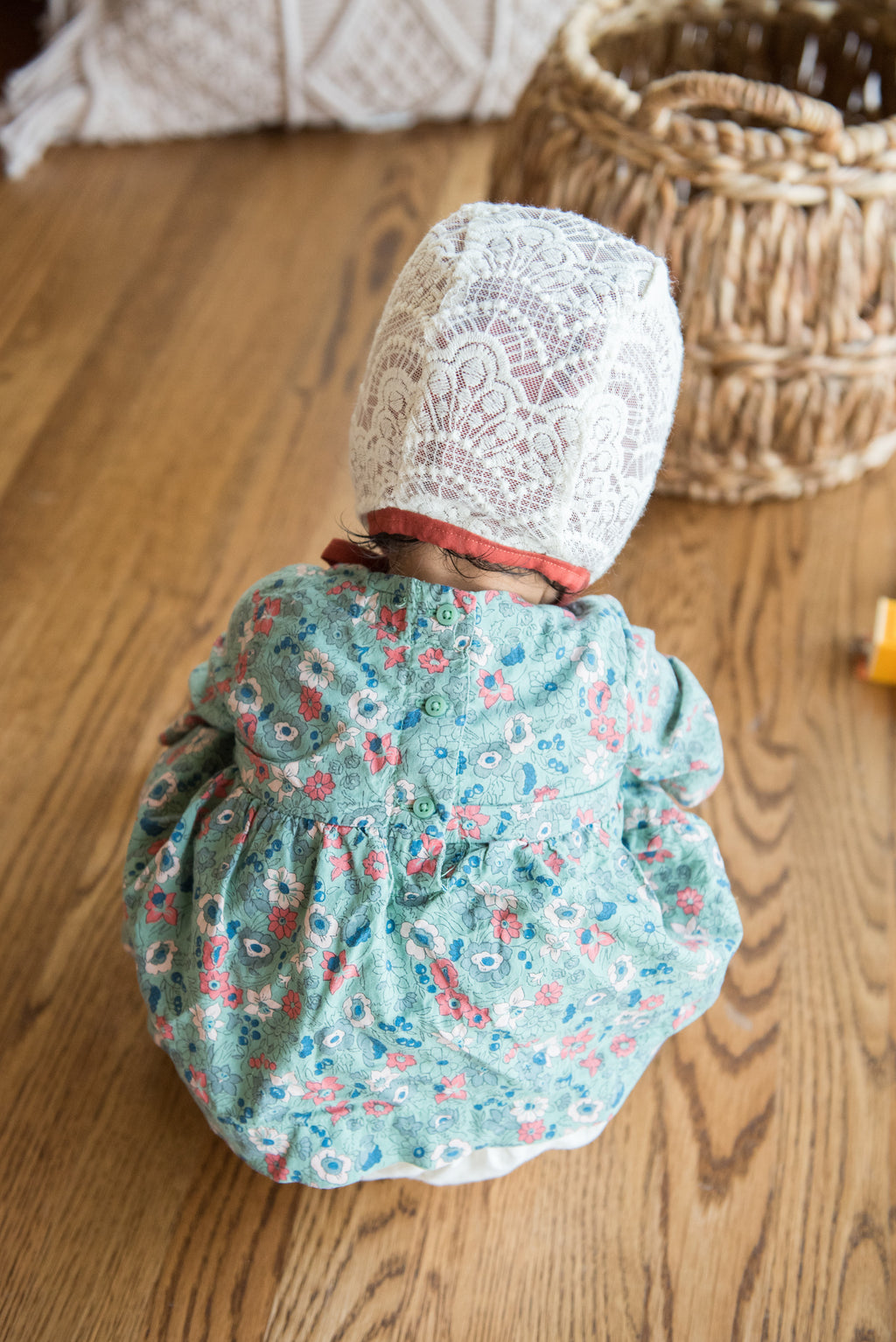 SOLD OUT!! Rust Lace Bonnet
