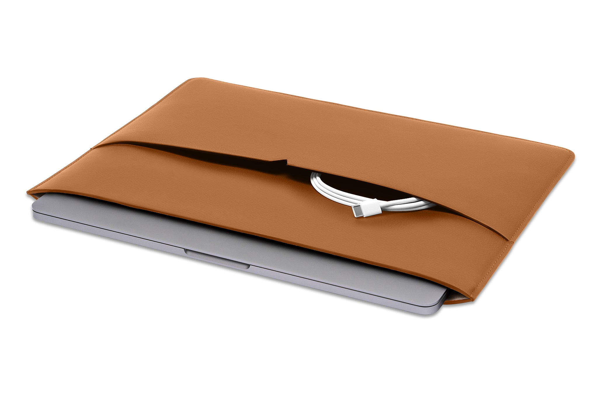 The MacBook Sleeve 13-inch in Technik-Leather in Caramel