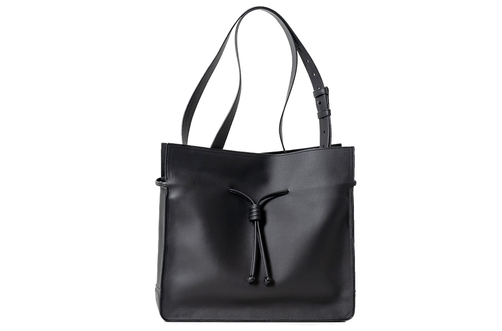The Medium Shopper in Technik-Leather in Black