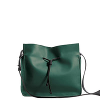 The Medium Shopper in Technik-Leather in Moss and Black