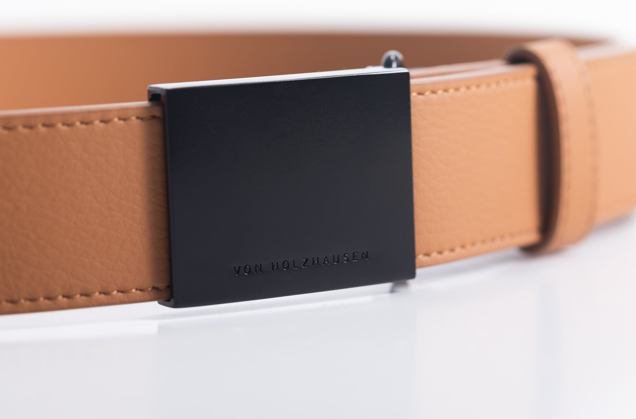 The Men's Belt in Technik-Leather in Caramel