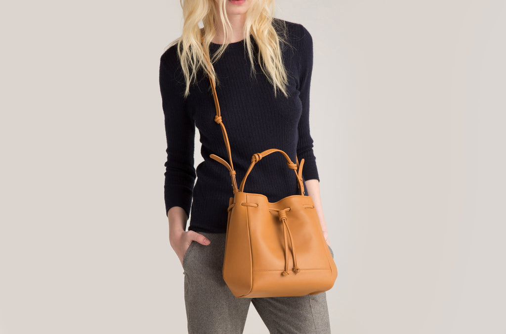 The Mini Bucket Crossbody in Technik-Leather in Caramel