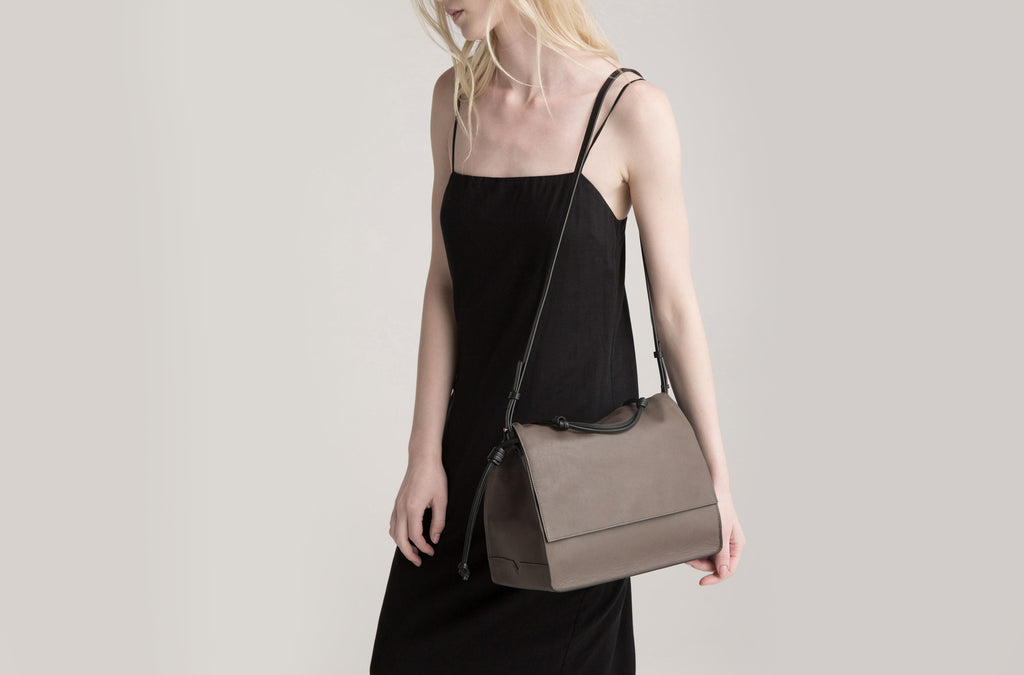 The Handheld in Taupe and Black