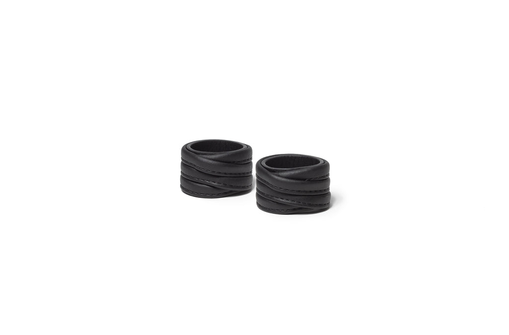 The Napkin Rings in Technik-Leather in Black