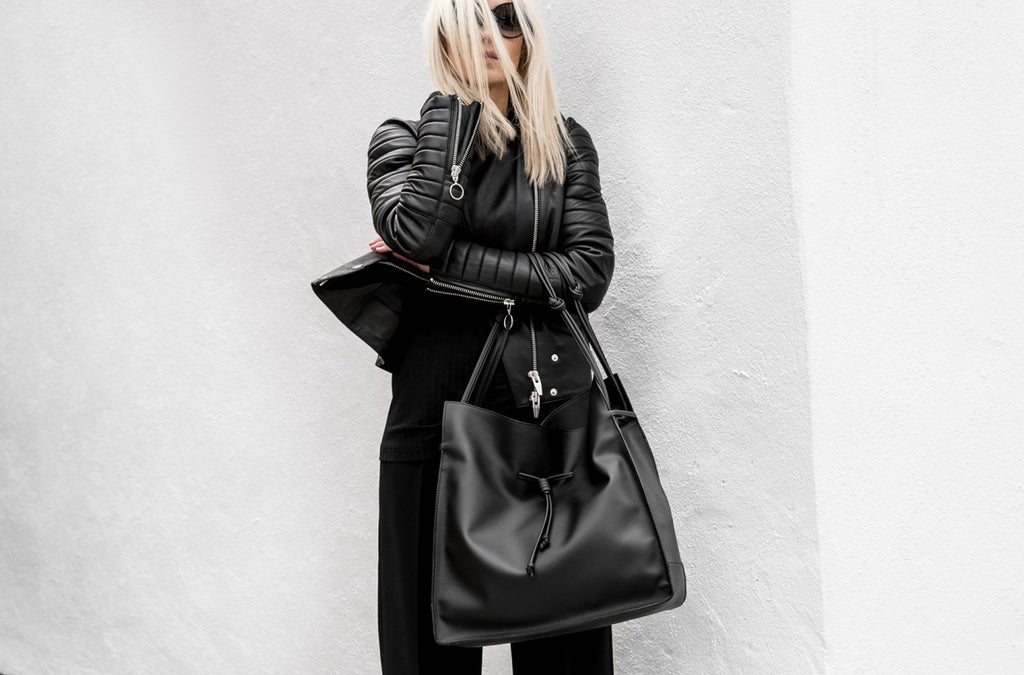 The Large Shopper in Technik-Leather in Black