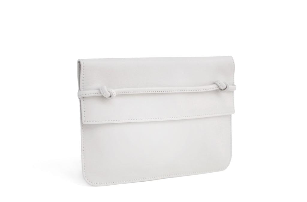 The Pouch in Technik-Leather in White
