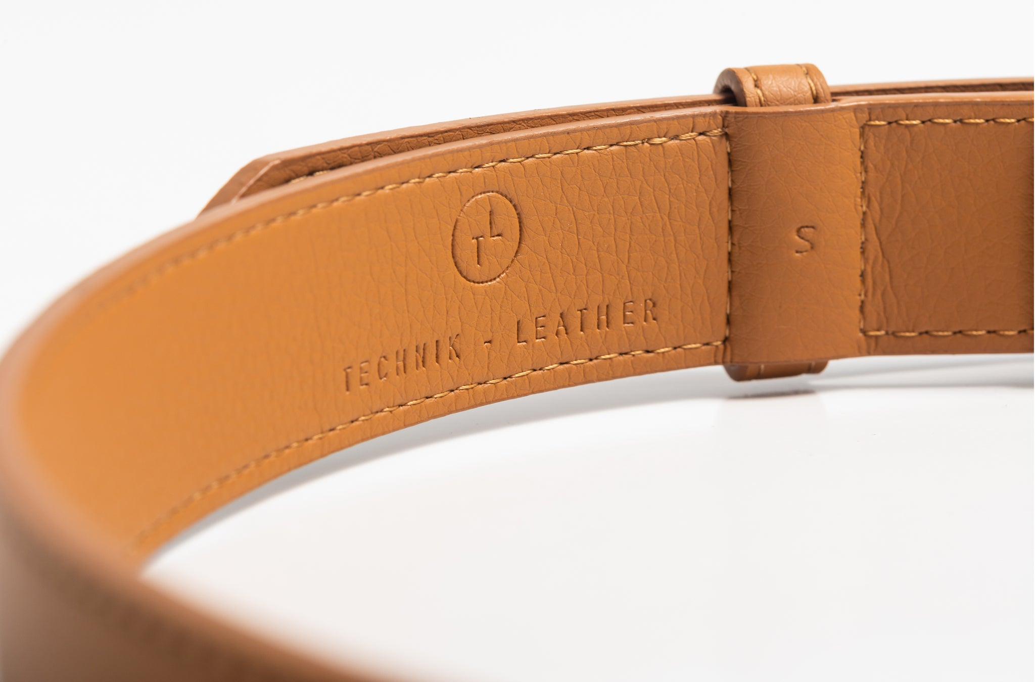 The Belt in Technik-Leather in Caramel