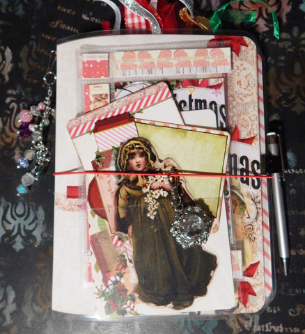 Traveler's Journal - Vintage Christmas Charm - Girl