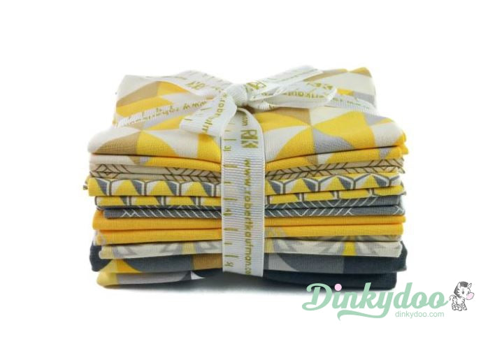 robert kaufman fragmental fat quarter bundle sunflower