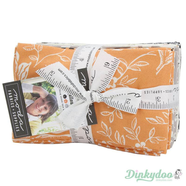 All Hallow S Eve Fat Eighth Bundle Fig Tree Quilts