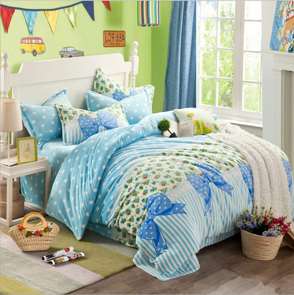 Cute, Cozy Korean Style Bedding Set - light blue bowtie