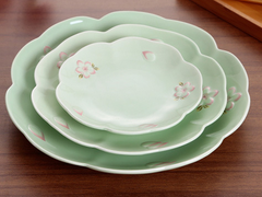 Cherry Flower Plate Set (3 Plates Included)