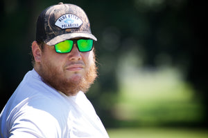 Luke-Combs-Sunglasses_Blue-Otter-Polarized_Nashville-TN_Golf