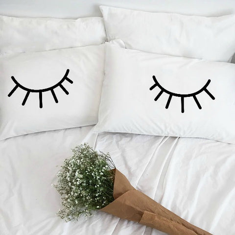 Eyelashes Pillowcase Set