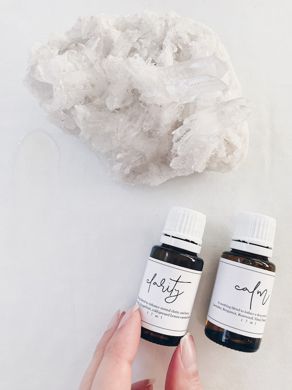 An inspiring blend of pure essential oils to encourage mental clarity, improving focus + concentration.