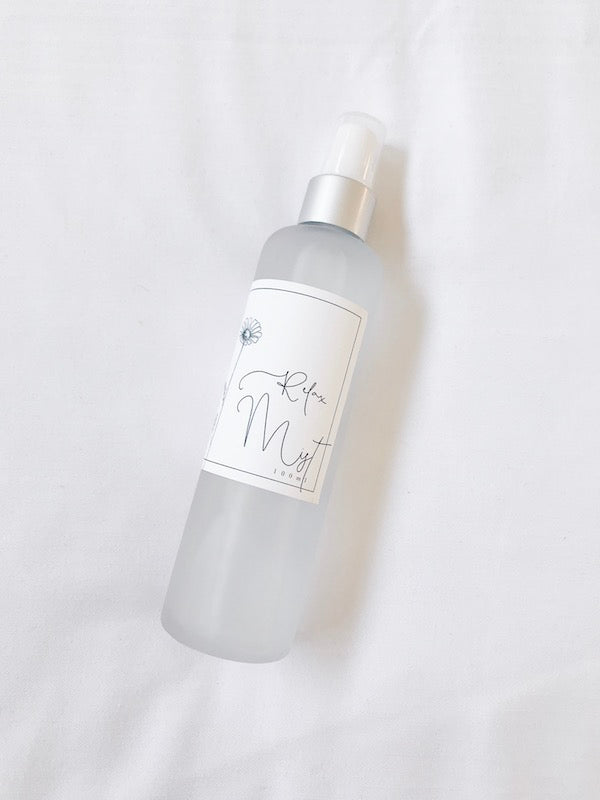 Deeply relax body, mind + soul. Find peace of mind + a deep sense of calm with this soothing, grounding mist.