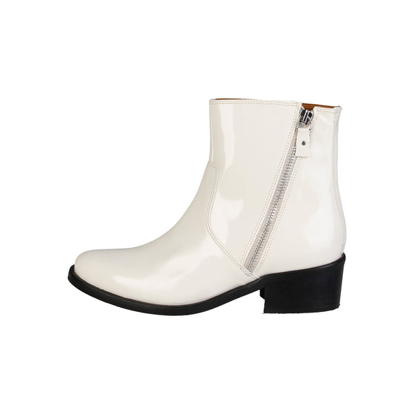 V 1969 White Ankle boots