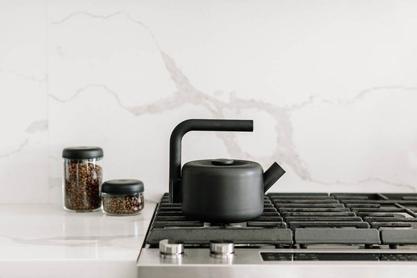 CLYDE STOVE TOP KETTLE