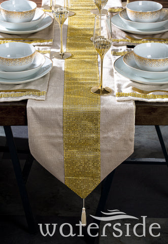 7pc Velvet Diamante Runner & Placemats