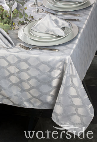 9pc SILVER Geo Table Linen Set