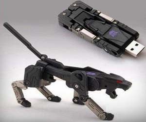 Transformer 32GB USB Flash Drive
