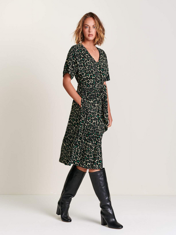 Bellerose Hoek Leopard Dress in Green