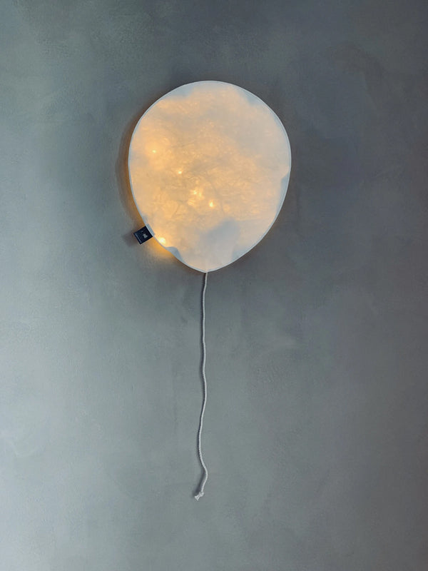 Small Balloon Light in White