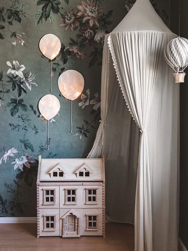 Small Balloon Light in Blush Pink