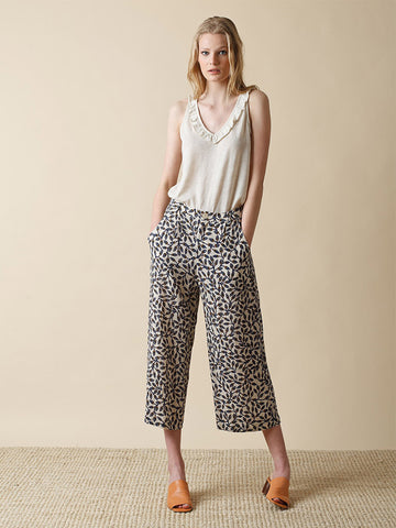 Indi & Cold Leaf Print Trouser in Marine