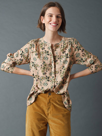 Indi & Cold Passionflower Blouse in Maquillage