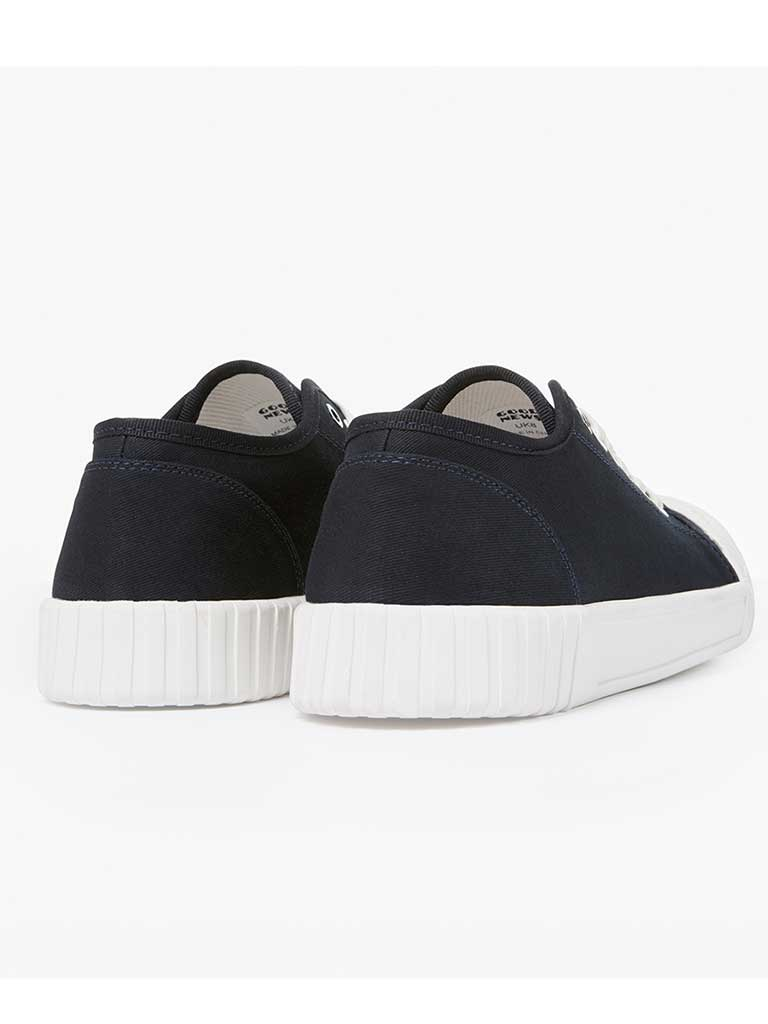 Good News Bagger Low Top in Navy