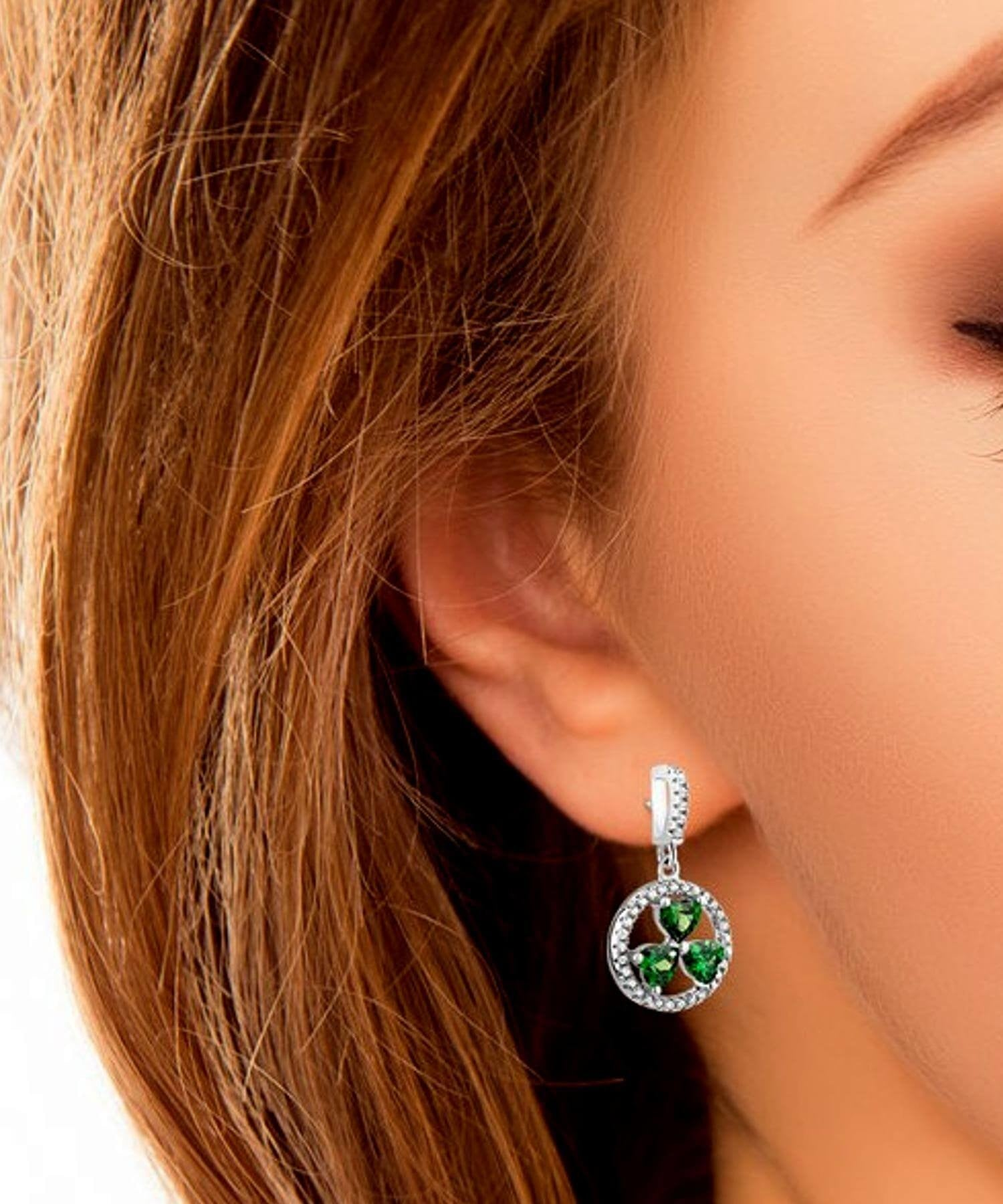 Shamrock Circle Earrings Solvar Celtic Jewellery