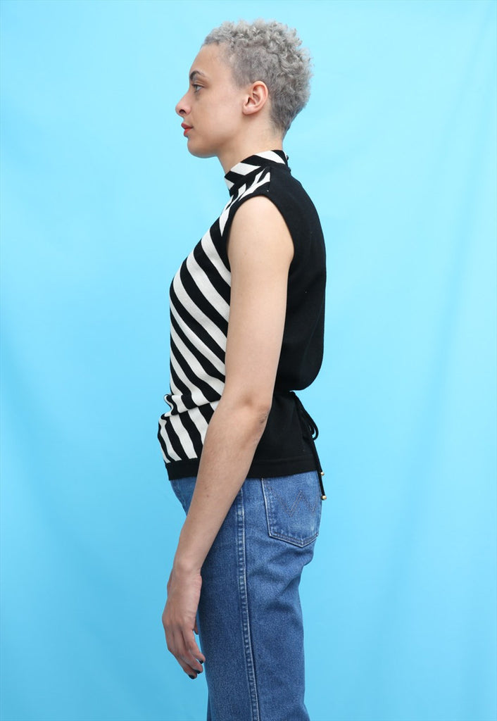 80s Vintage Black & White Stripe Sleeveless Jumper
