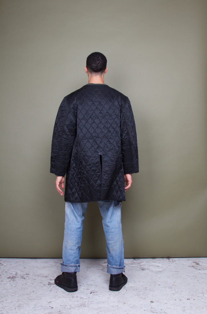 BLACK SWISS QUILTED LINER
