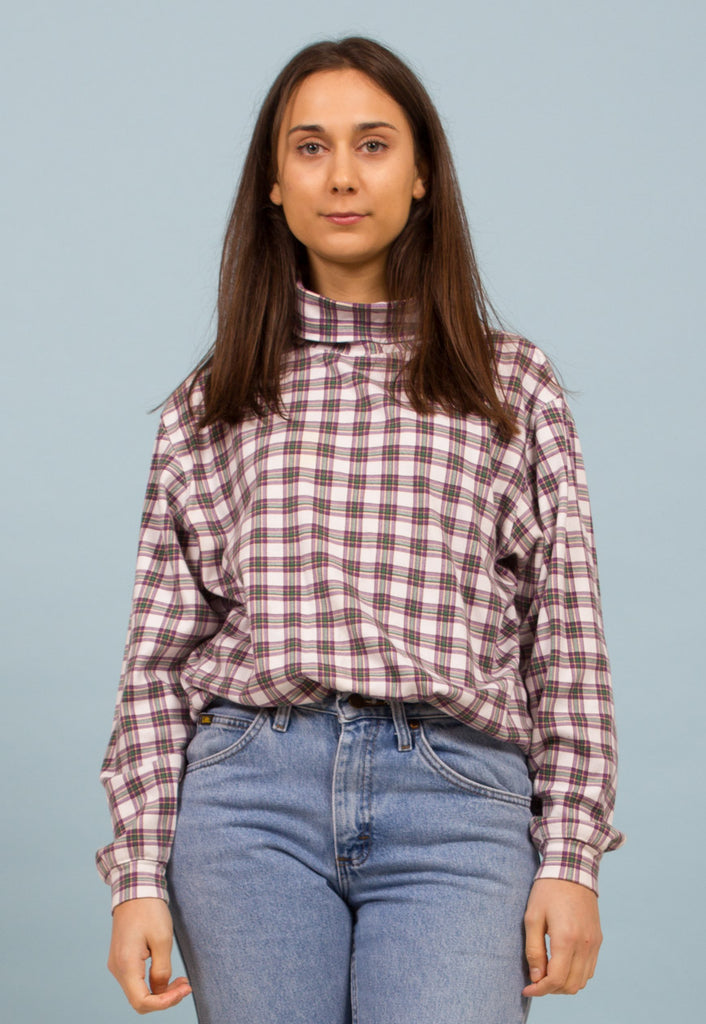 PLAID TURTLENECK