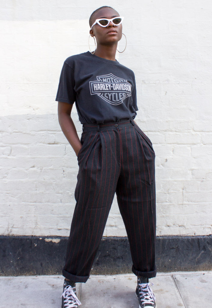 VINTAGE 'MOM' TROUSERS IN DARK GREY WITH RED PINSTRIPES