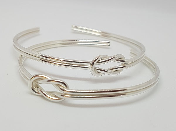 Reef Knot Bangle
