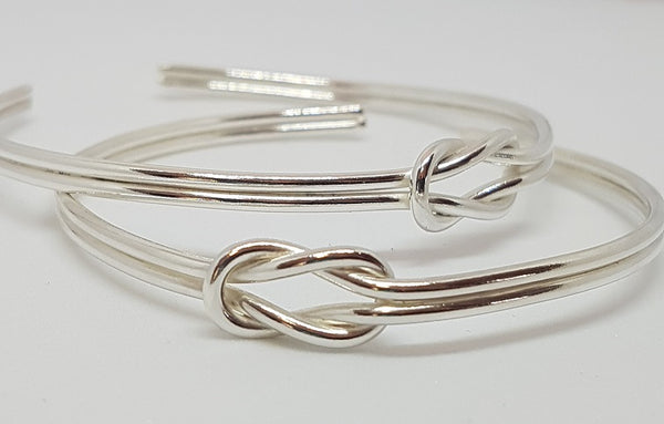 Silver Reef Knot Bangle