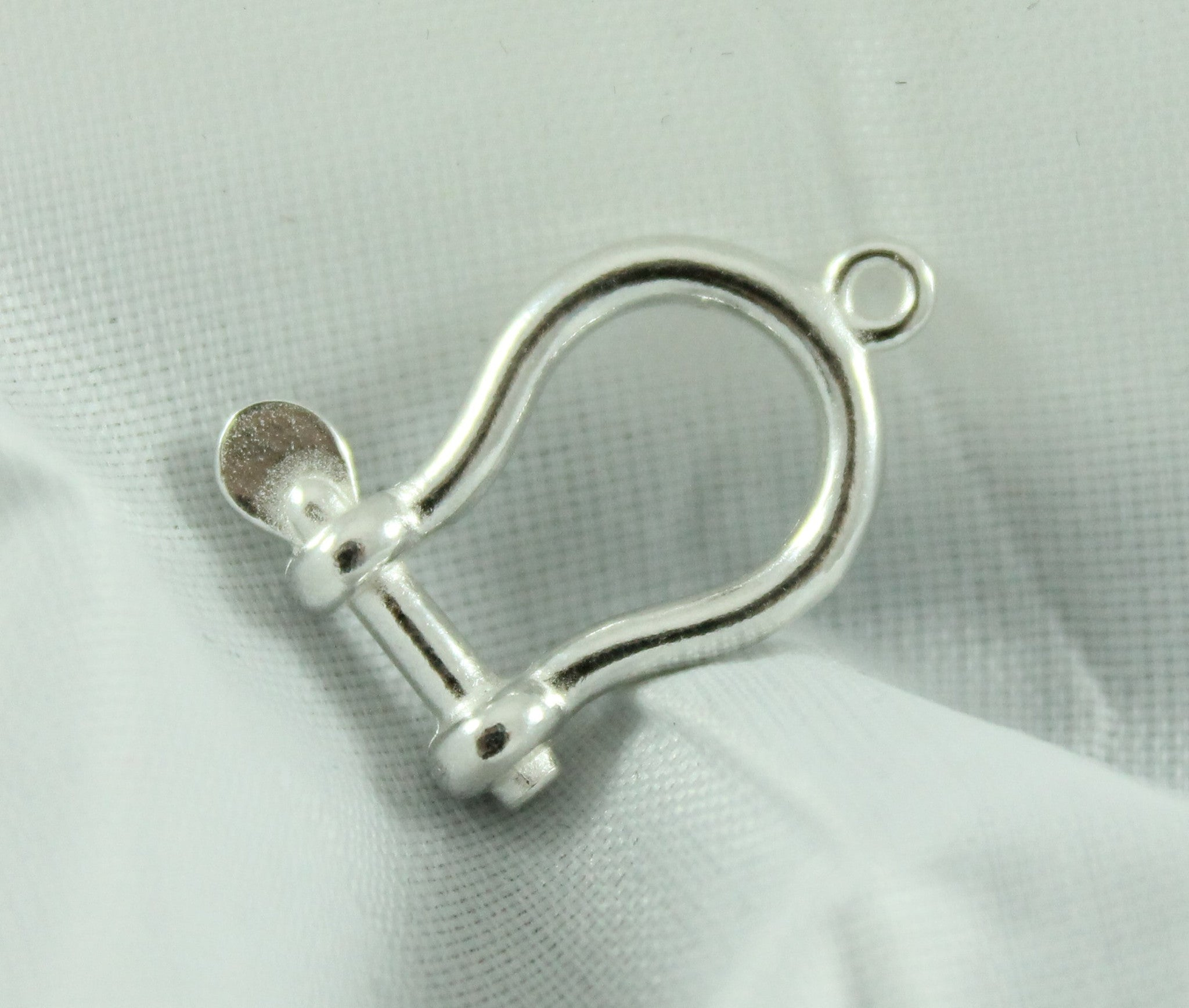 Silver Shackle Charm
