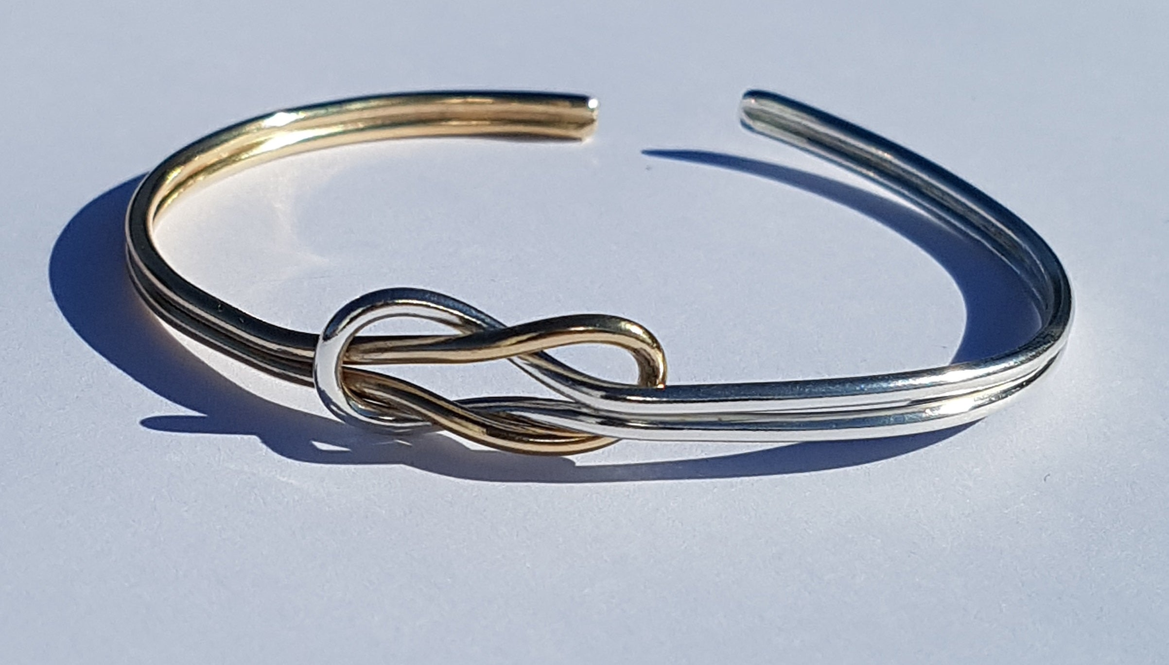 Reef Knot Bangle - Gold/Silver