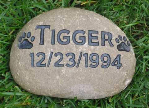 Personalized Pet Memorial Dog Stone Grave Marker 6-7 Inch Memorial Gravestone Marker - Pet Memorial Stones, Personalized Pet Stone Memorial Grave Marker, Dog Memorial, Cat Memorials, Pet Gravestone Markers, Headstone