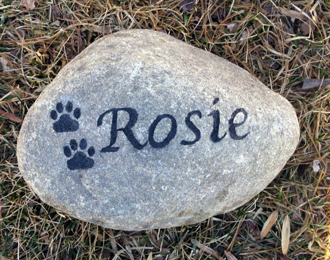 Stone Pet Memorial Personalized Garden Headstone Pet Grave Marker 6-7 Inches - Pet Memorial Stones, Personalized Pet Stone Memorial Grave Marker, Dog Memorial, Cat Memorials, Pet Gravestone Markers, Headstone