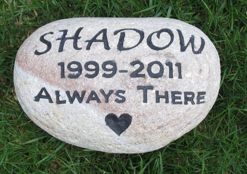 Personalized Stone Pet Memorials - Pet Memorial Gravestone 8-9 Inch Burial Memorial Stone Maker - Pet Memorial Stones, Personalized Pet Stone Memorial Grave Marker, Dog Memorial, Cat Memorials, Pet Gravestone Markers, Headstone