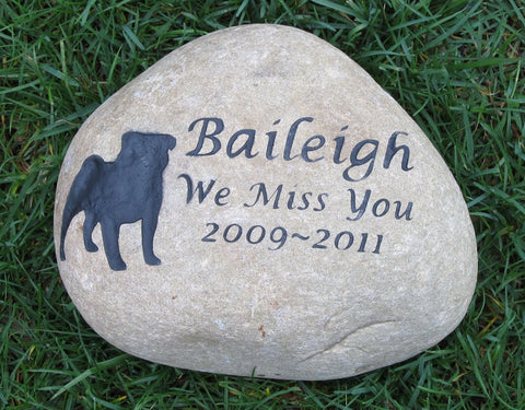 PERSONALIZED Pug Memorial Stone Grave Marker Pug Memorial 9-10 Inch Burial Headstone Grave Marker & Other Breeds - Pet Memorial Stones, Personalized Pet Stone Memorial Grave Marker, Dog Memorial, Cat Memorials, Pet Gravestone Markers, Headstone