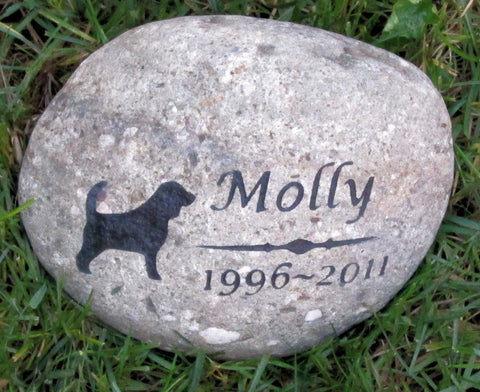 Personalized Pet Memorial Stone 9-10 Inch Memorial Stone Cemetery Burial Gravestone Marker Beagle & Other Dog Breeds - Pet Memorial Stones, Personalized Pet Stone Memorial Grave Marker, Dog Memorial, Cat Memorials, Pet Gravestone Markers, Headstone